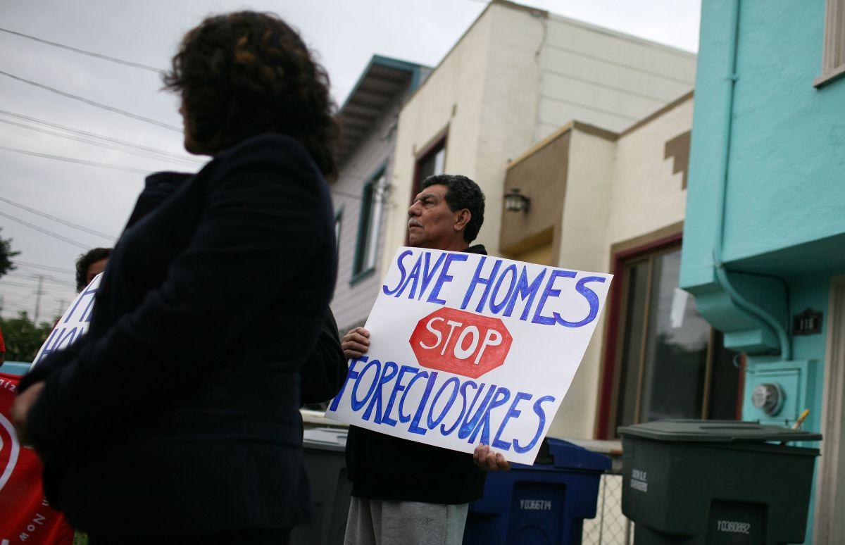 Millones sufrirán desalojos al terminar la moratoria de pago de vivienda.