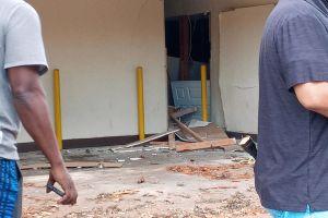 Vecinos de Los Ángeles afectados por explosión de pirotecnia recibirán $2,000 dólares
