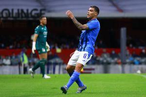 El campeón Cruz Azul comienza con derrota ante Mazatlán en el Azteca