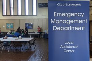 Centro ayuda a afectados de la explosión en Sur LA