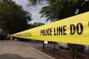Arrestan a una pareja de Colorado por abandonar a sus cinco hijos en un hotel