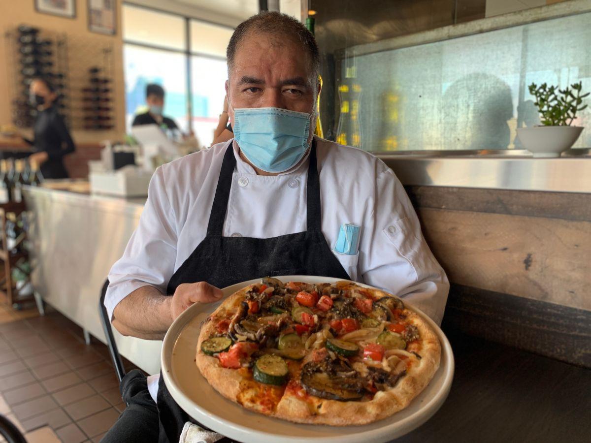 Oaxaqueño conquista con la comida italiana en Lynwood