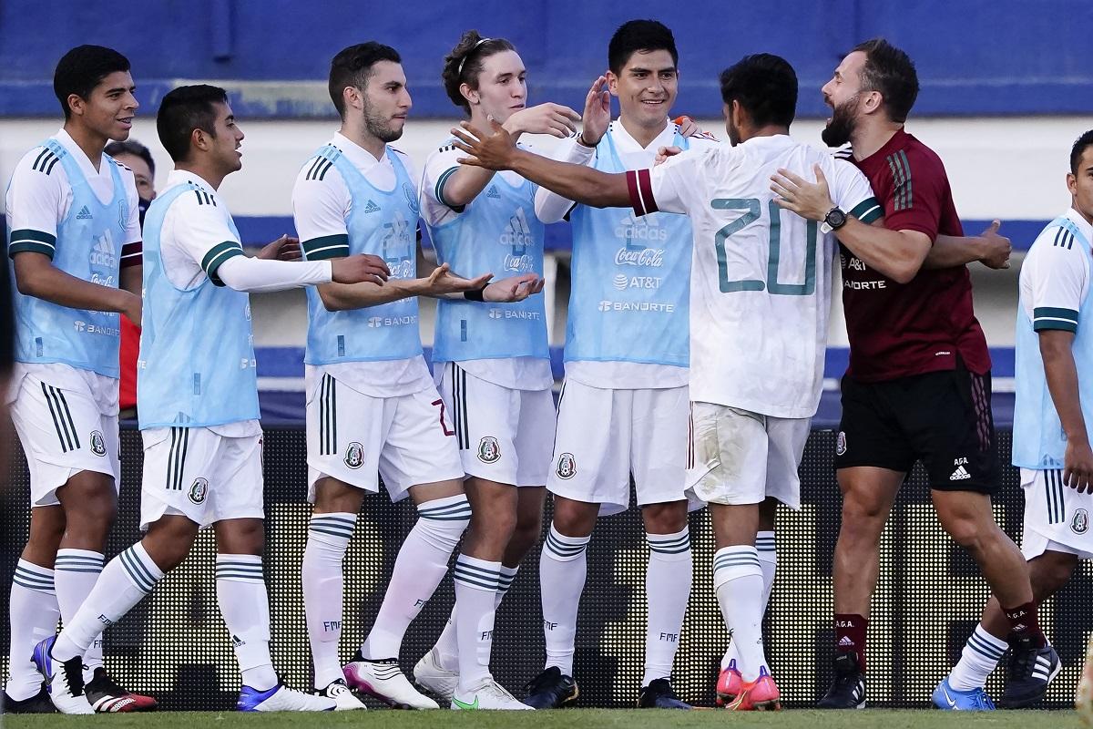 México ganó cuatro partidos de preparación y empató otro.