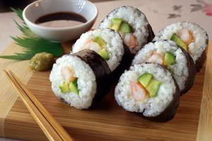 Cómo surgió el Sushi, el platillo más famoso de Japón en el mundo