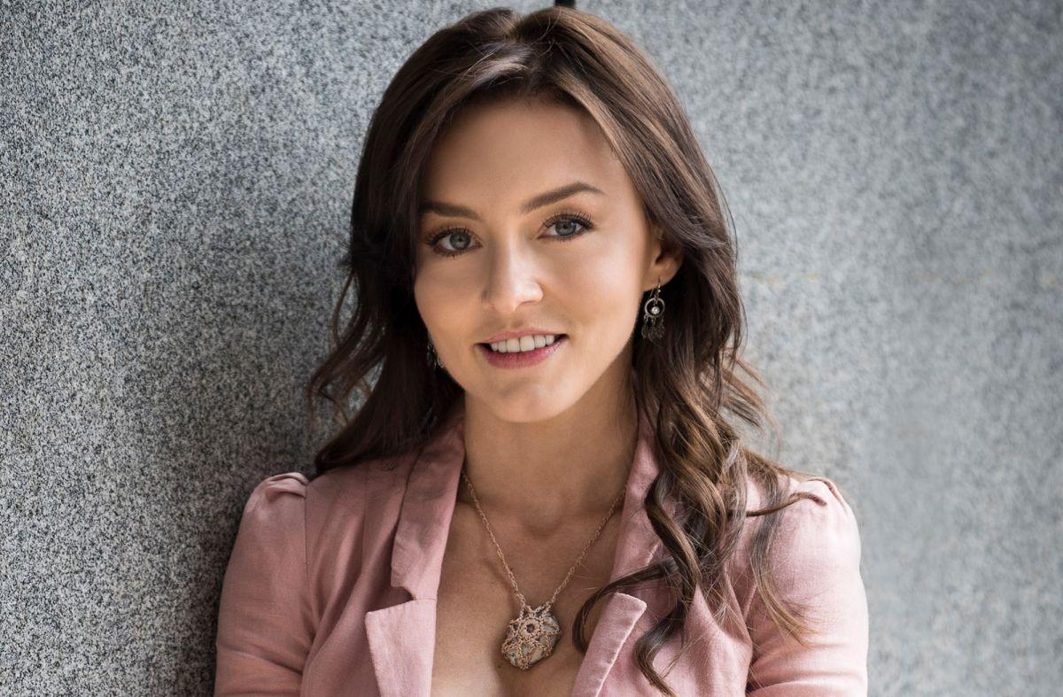 Angelique Boyer es Renata en 'Vencer el Pasado'.