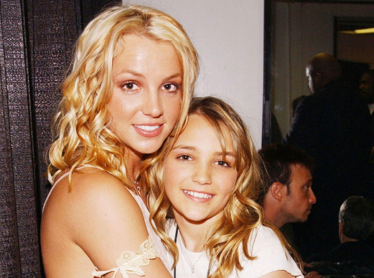 Britney Spears y su hermana Jamie Lynn en 2003.