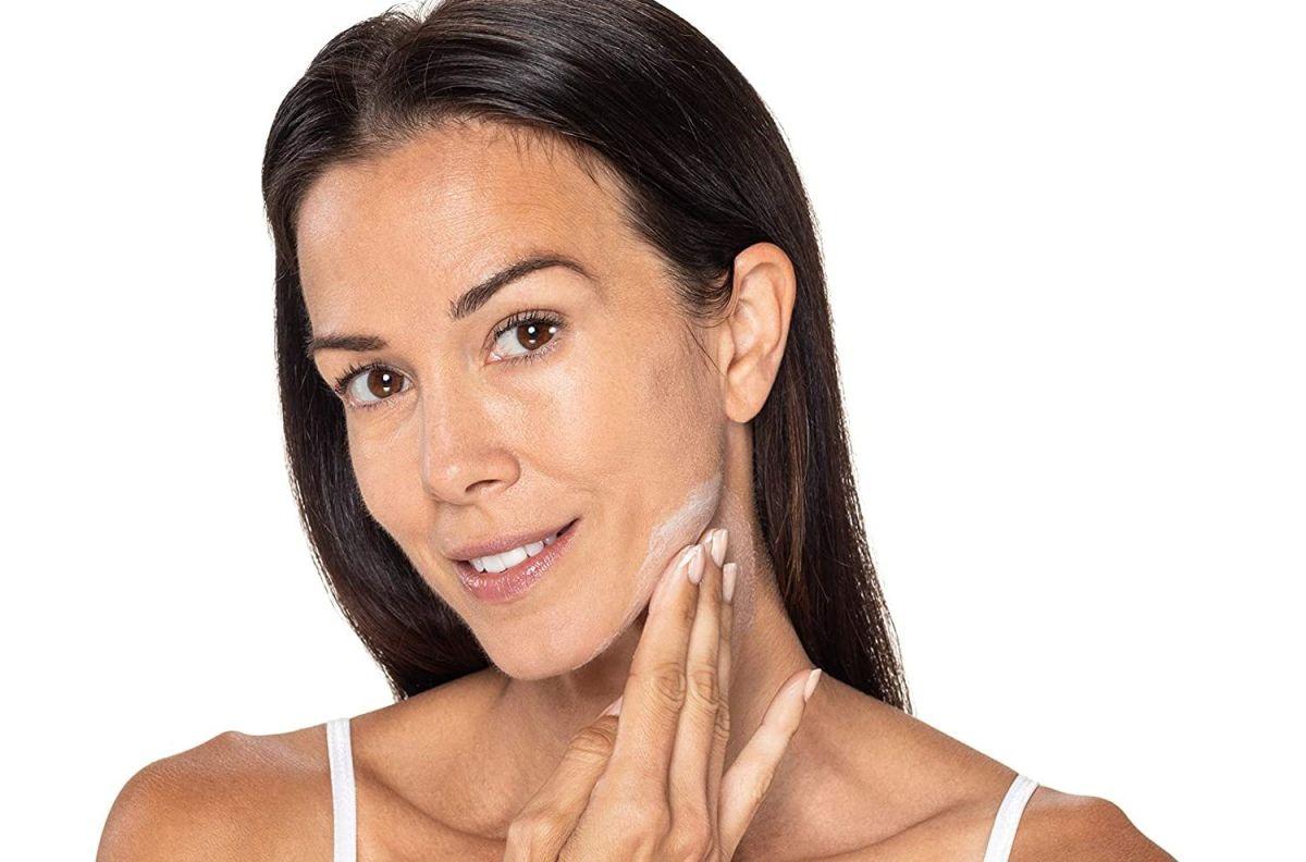 Los mejores productos antiarrugas especiales para aplicar en la noche