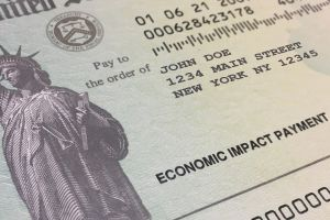 Los estadounidenses que recibirían pagos por tercer cheque de estímulo la próxima semana del 5 de julio