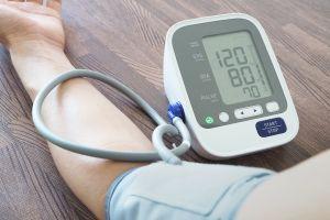 Productos y suplementos que debes tener en casa si sufres de hipertensión
