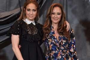 Jennifer Lopez y Ben Affleck posan juntos para su amiga Leah Remini