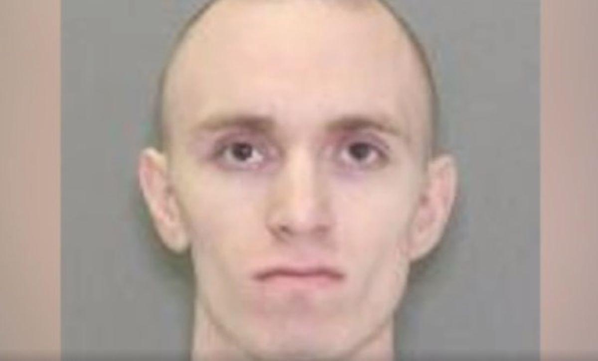 Hombre espiaba a mujeres hispanas para robarles sus calzones y sostenes; robó ropa interior de niña de 6 años