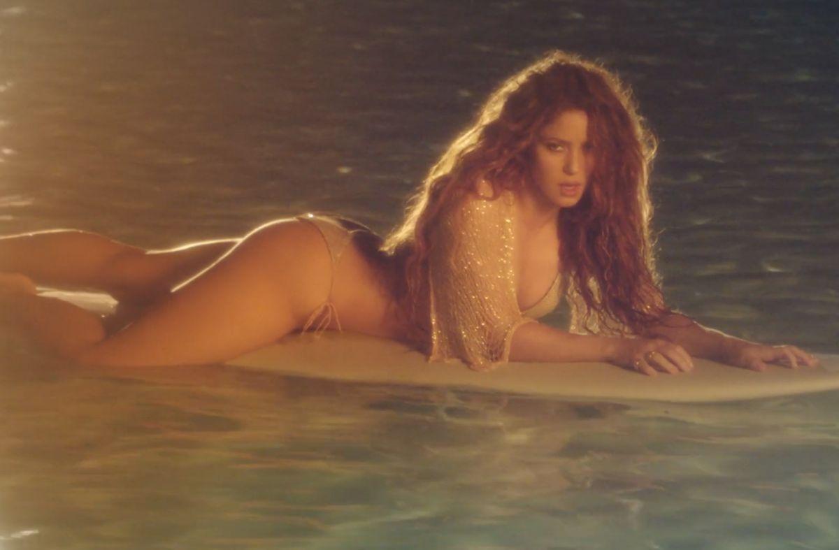 Shakira lanza nueva canción 'Don't Wait Up'.