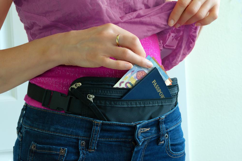 Bolsas para ocultar dinero debajo de tu ropa sin que se note por si vas a viajar o quieres ocultar tu efectivo.