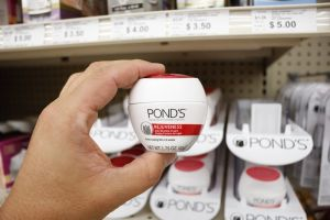 Las mejores crema Ponds para las arrugas de acuerdo a tu tipo de piel