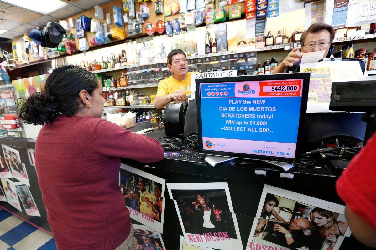 Todo premio de lotería debe reportarse al IRS.