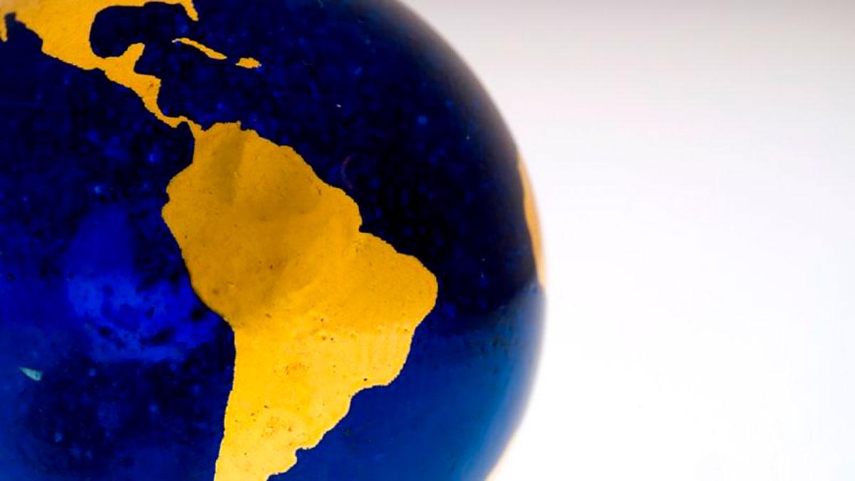 Cada país recibe una cantidad de dinero en relación a la cuota que aporta al FMI. Los recursos son para aumentar las reservas.