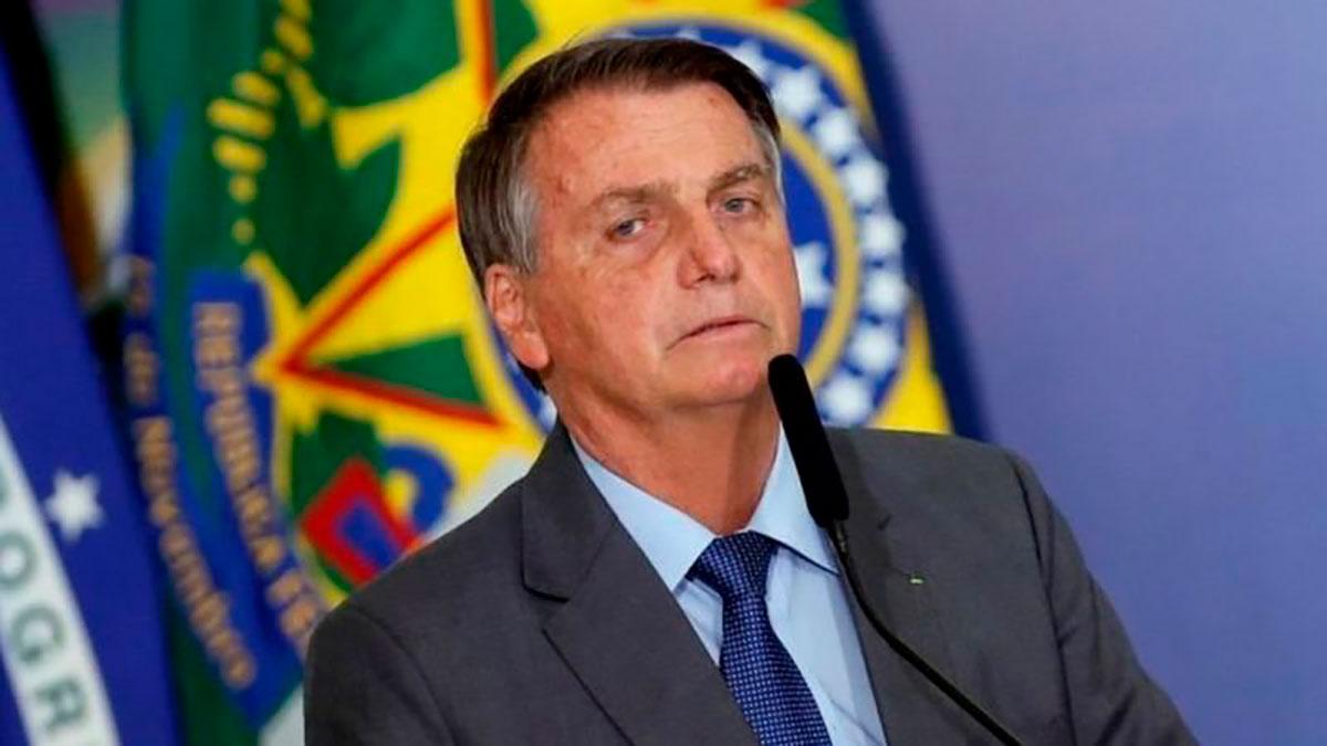 El presidente Jair Bolsonaro ha estado sembrando dudas sobre la vulnerabilidad del voto
