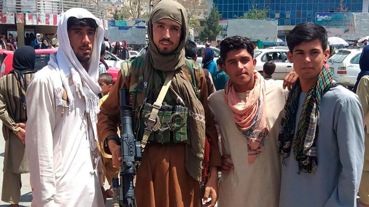 Funcionarios estadounidenses temen que Kabul, Afganistán, podría caer en manos del Talibán incluso en cuestión de semanas