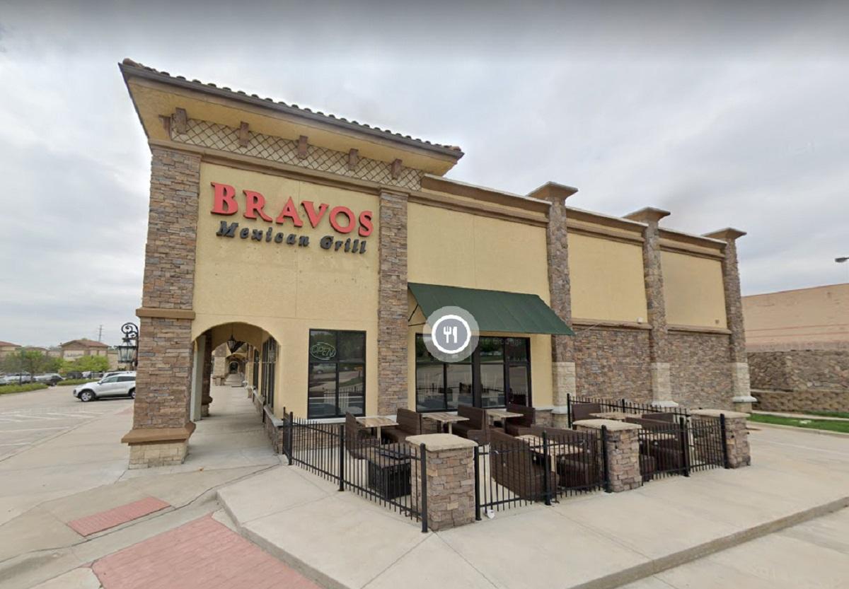 El restaurante Bravos Mexican Grill era parte del esquema delicuencial.