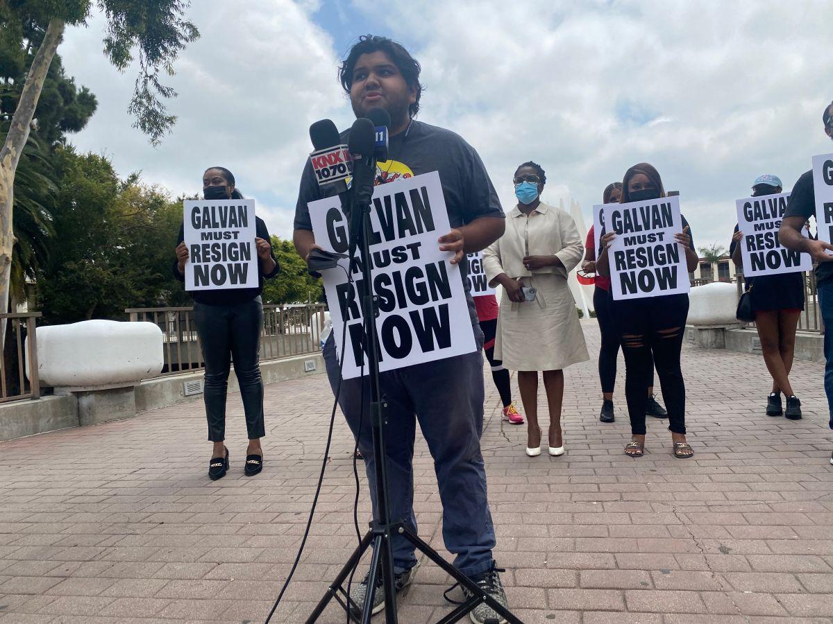Piden que al concejal Isaac Galván que renuncie al cargo. (Cortesía)