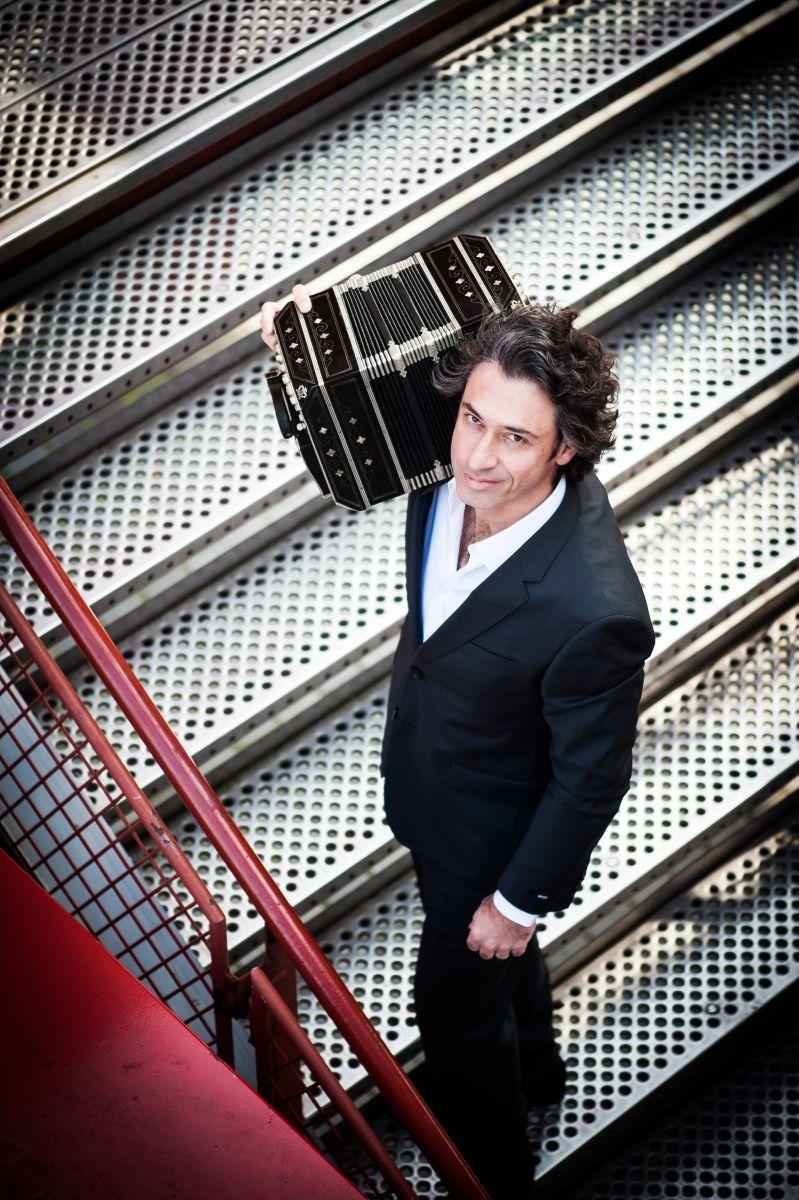 El músico incluyó en el disco cuatro composiciones propias, todas grabadas en vivo en Massachussets. Foto: Cortesía