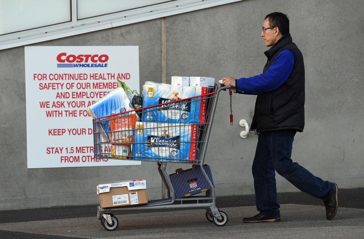 Algunas sucursales de Costco han establecido límites de compra en el número de paquetes de papel higiénico.