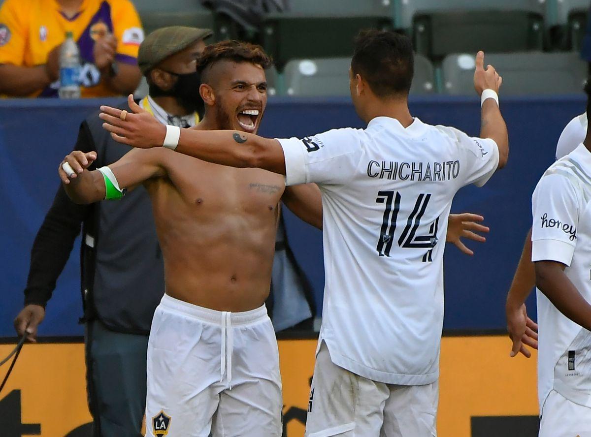 """El azteca comparte equipo con Javier """"Chicharito"""" Hernández en la MLS."""