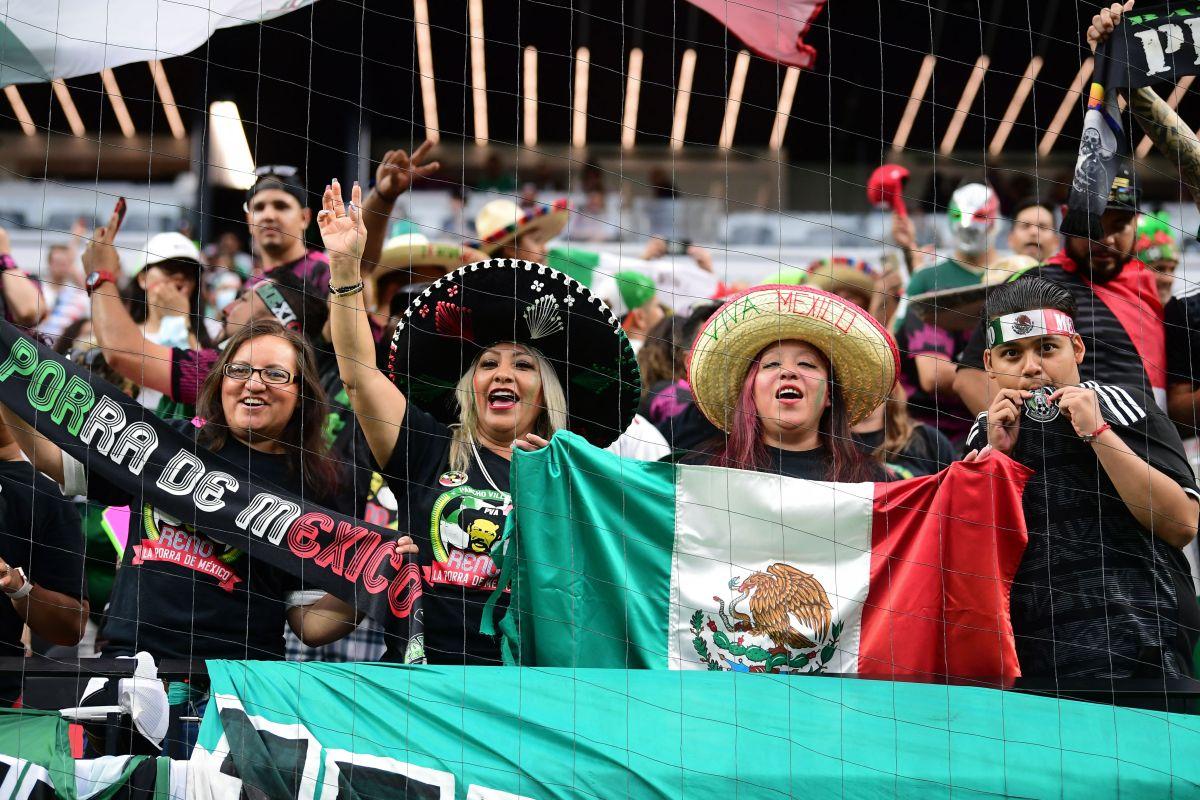 Los fanáticos esperan celebrar el título 12 de México en Copa Oro.