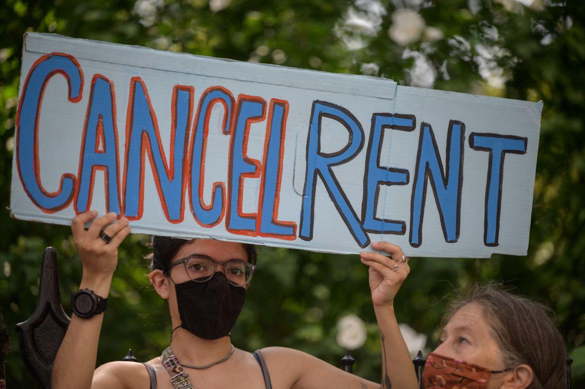 Hay una relación entre no poder pagar la renta y covid. (Getty Images)