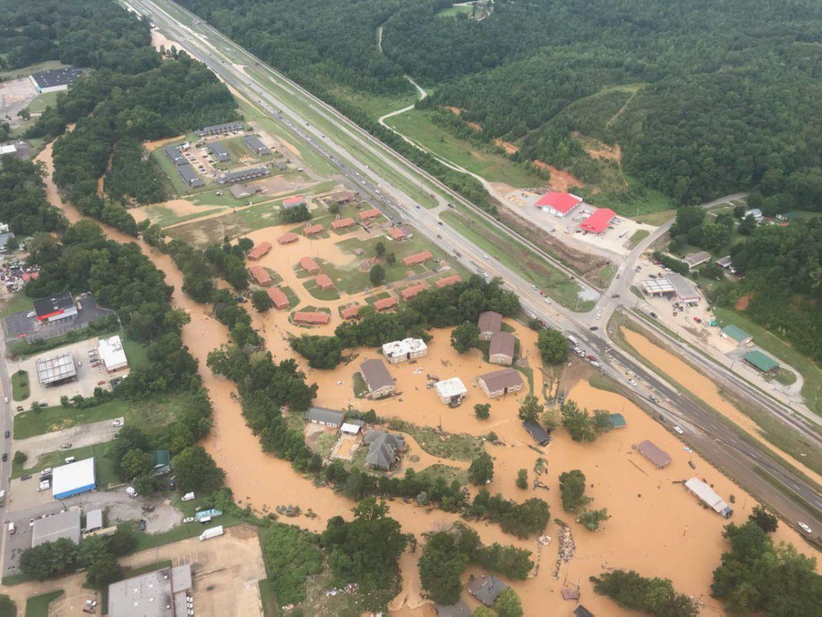 Vista aérea de las inundaciones en Waverly, Tennessee, el 21 de agosto.