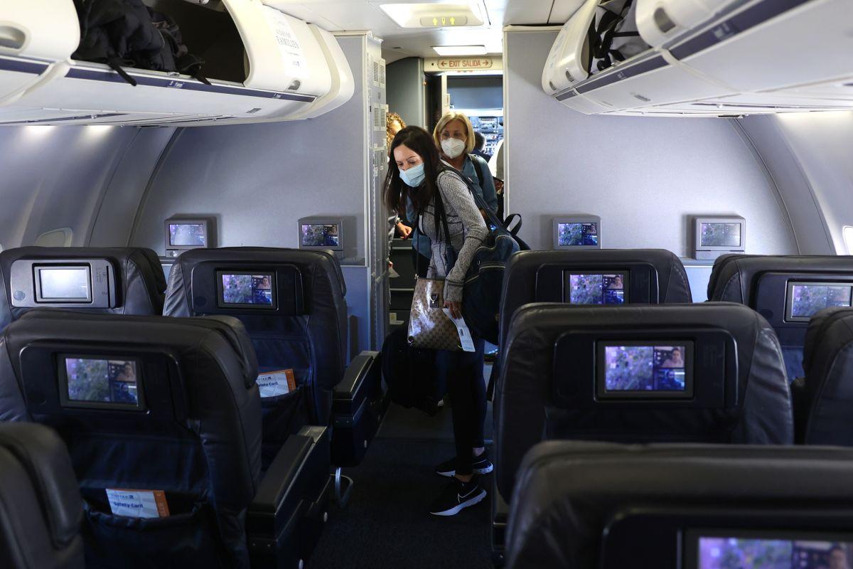 Hasta junio la FAA ha recibido más de 3,000 reportes de indisciplina y violencia por parte de los pasajeros.