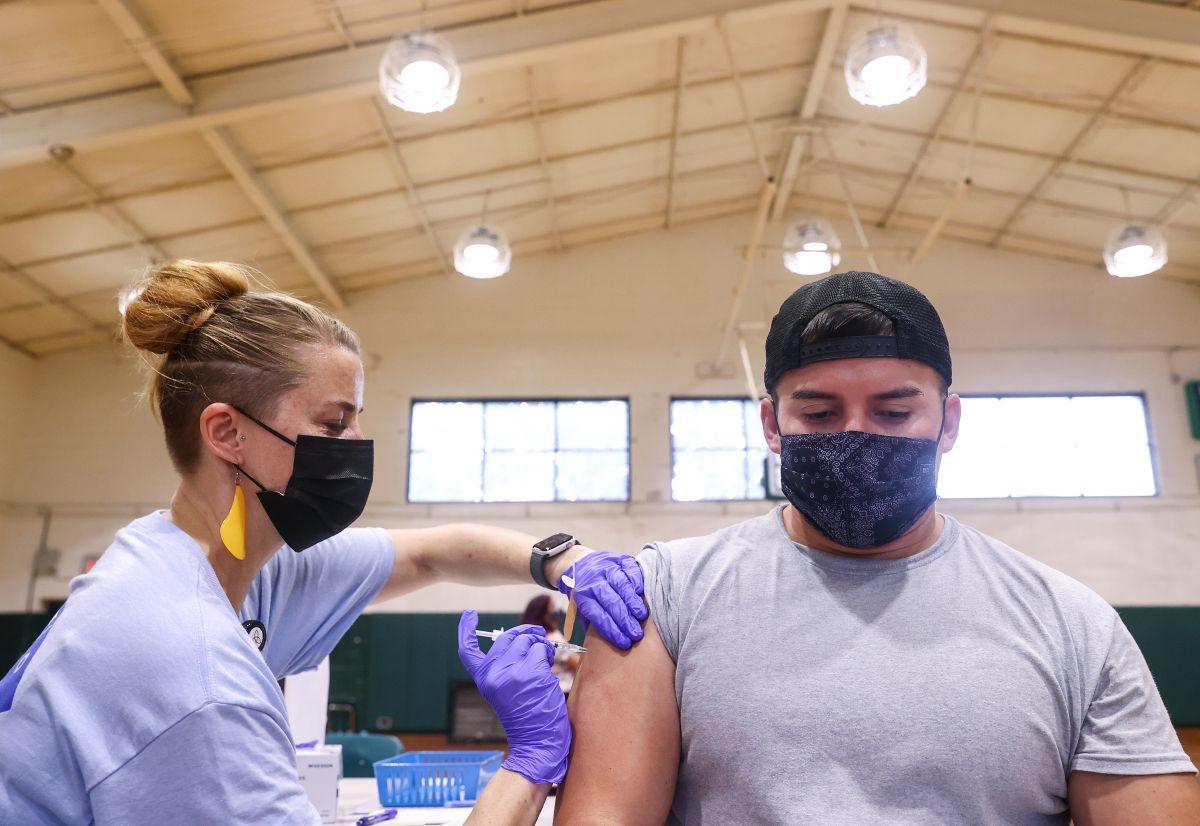 Las tasas de vacunación anti-covid son bajas en las comunidades rurales. (Getty Images)