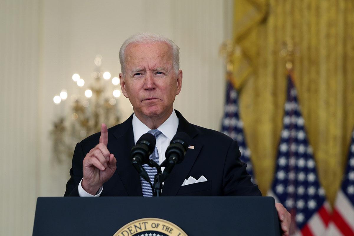 """Joe Biden pide al sector privado que asuma su """"responsabilidad"""" en ciberseguridad."""