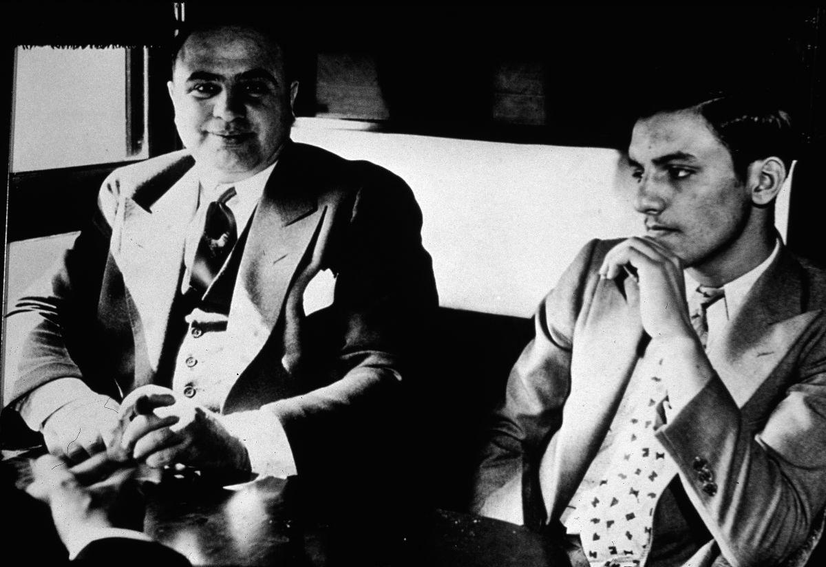 Objetos de valor de Al Capone serán subastados en California en Octubre.
