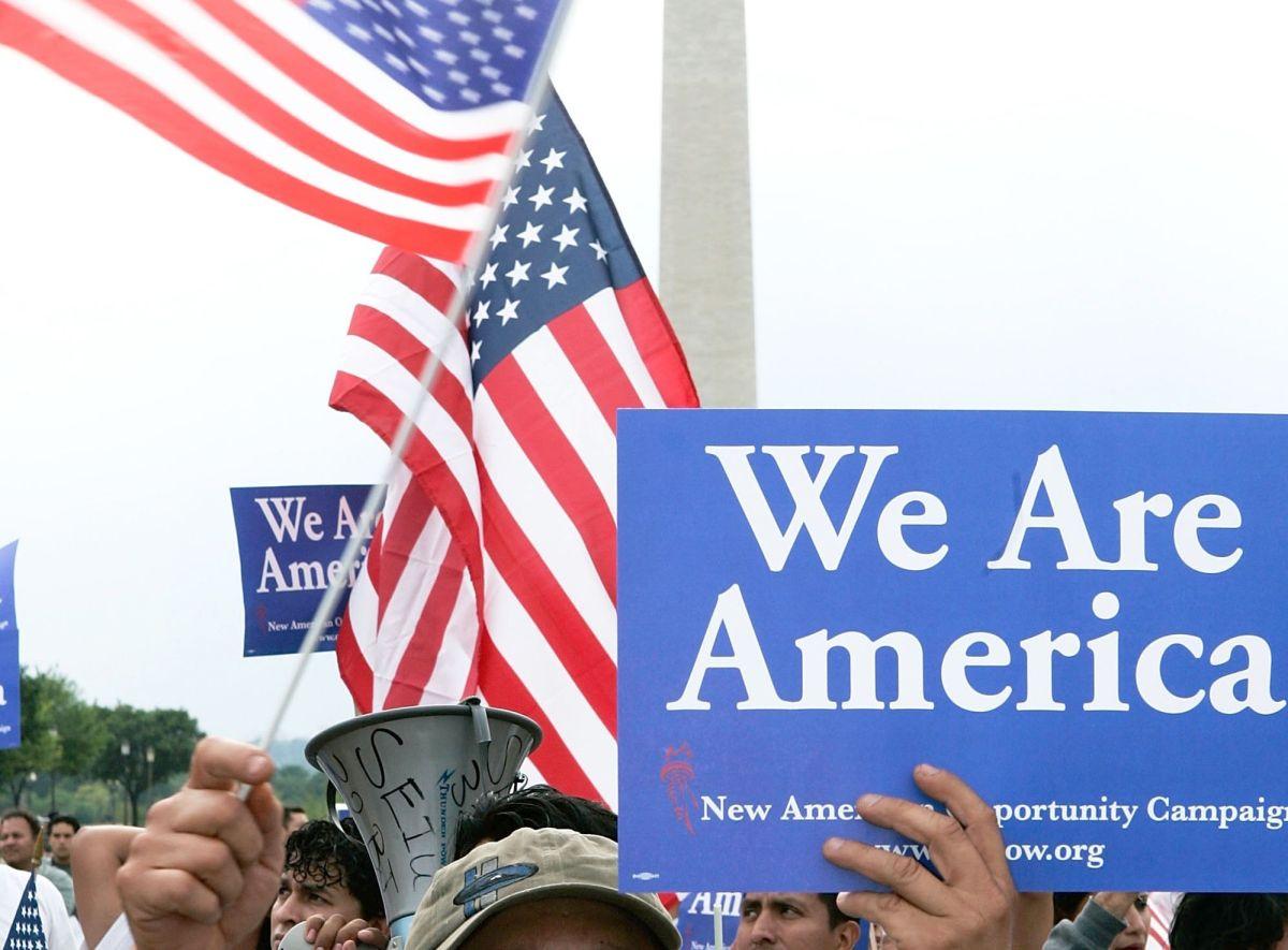 Activistas esperan que los congresistas cumplan con su promesa.