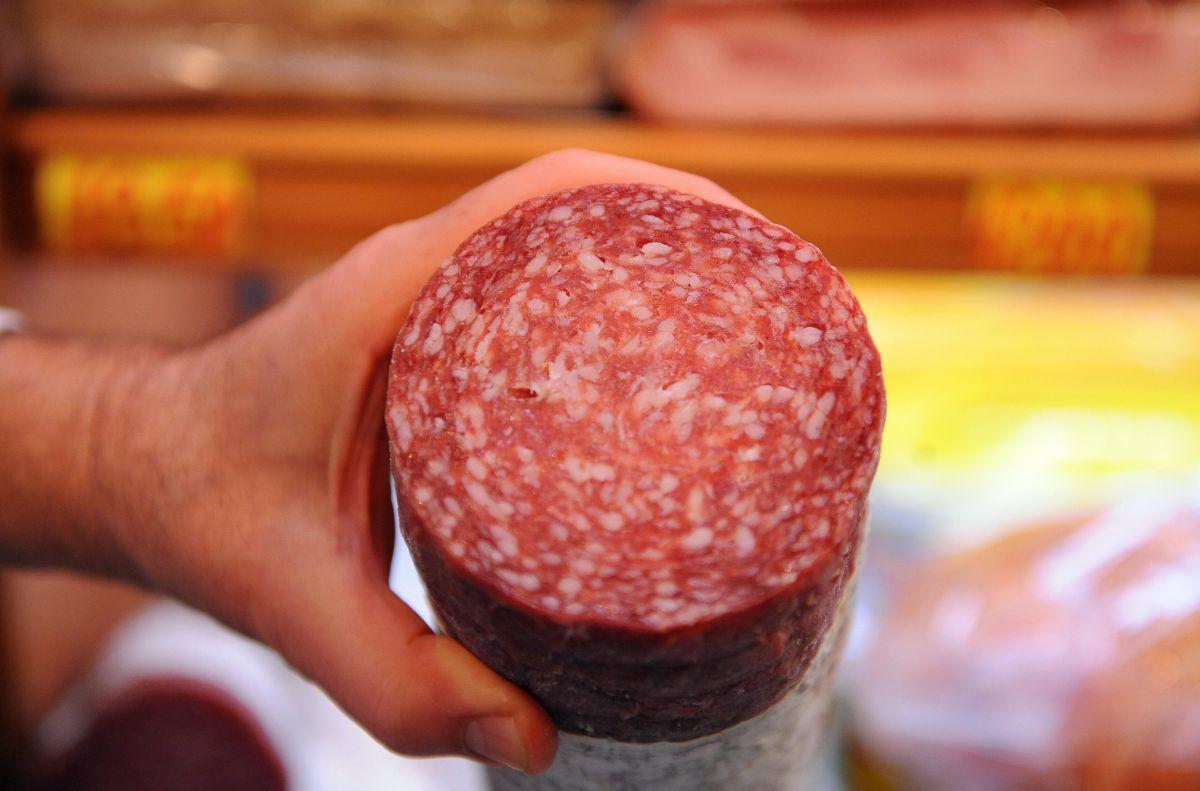 Los CDC aconsejan calentar todas las carnes de estilo italiano a una temperatura de por lo menos 165°F antes de comerlas.
