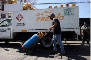 No van a doblegar al Estado, señala AMLO tras enfrentar paro indefinido de gaseros en 9 entidades de México