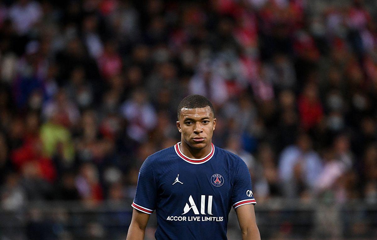 Mbappé podría quedarse en el PSG esta temporada.