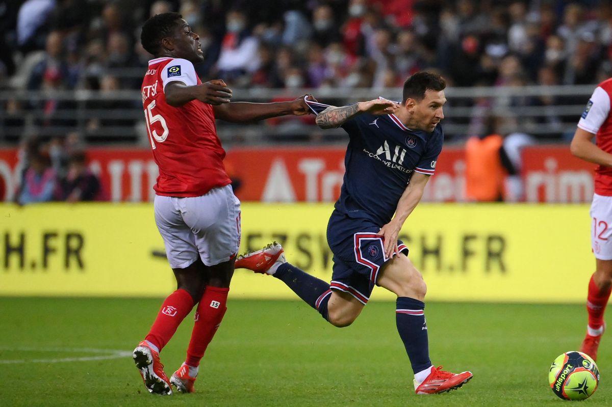 Messi hizo su esperado debut en un partido en donde Mbappé anotó par de goles.