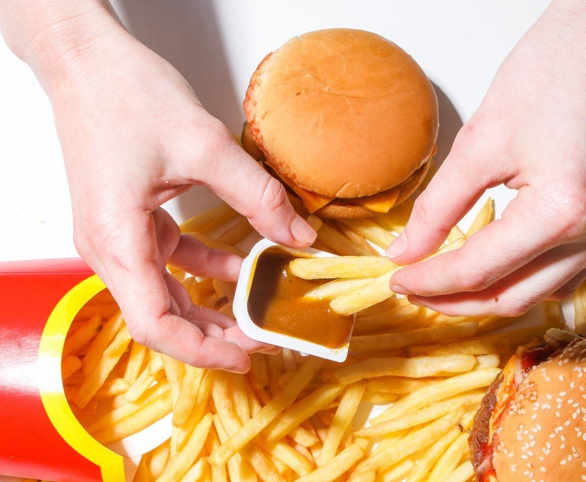 mcdonalds-hamburguesas y papas