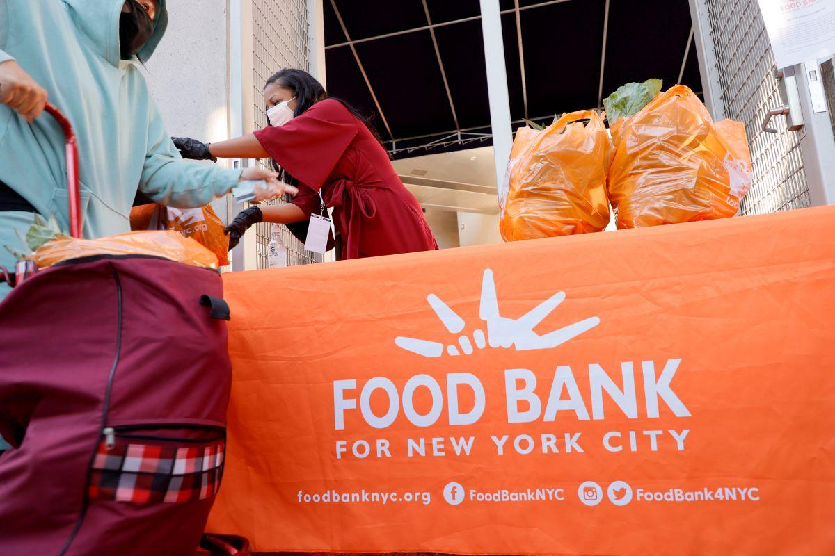 Muchos de los hispanos que enfrentan inseguridad alimentaria en EE.UU. desconocen los programas de asistencia.