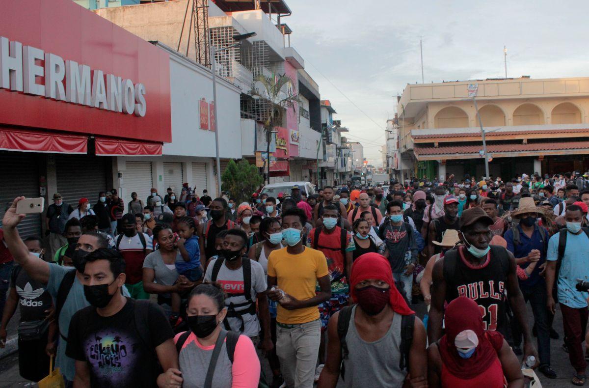 La cuarta caravana de inmigrantes centroamericanos salió de Chiapas.