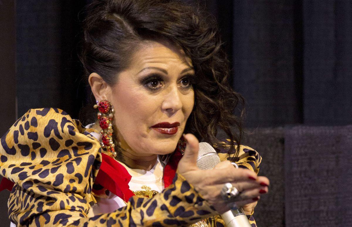 Alejandra Guzmán | Mezcalent.