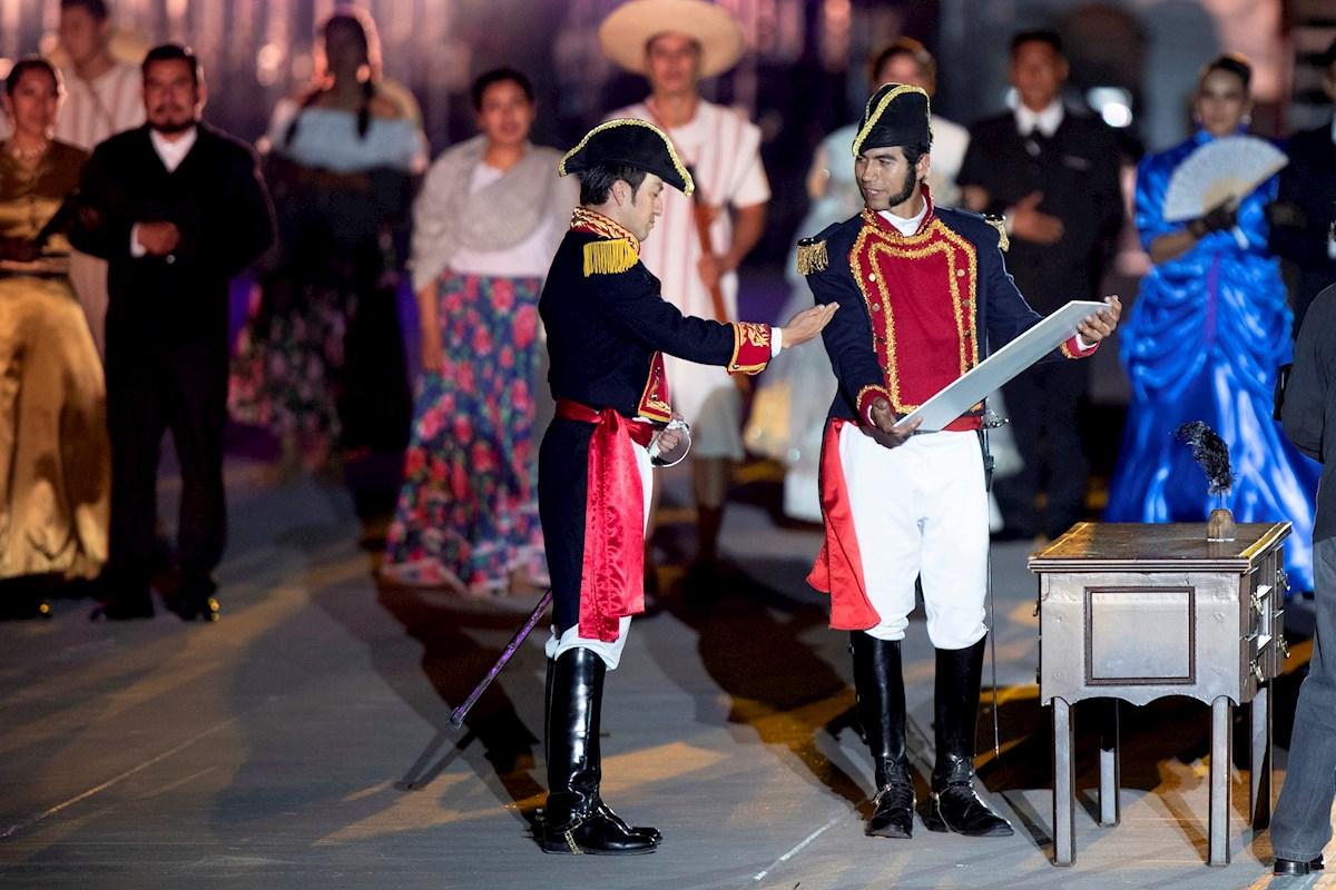 México conmemora 200 años de Independencia con representación en la Ciudad de México.