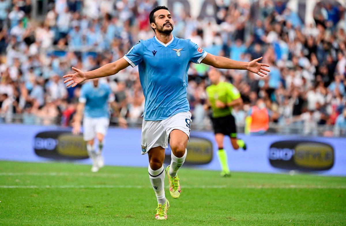 Pedro celebra su gol en contra de su ex equipo AS Roma