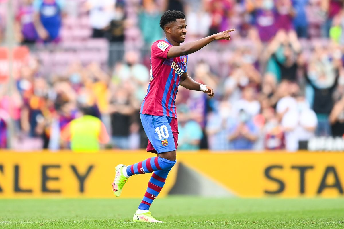 Ansu Fati regresó a los campos luego de una lesión y pudo anotar en la victoria del Barcelona.