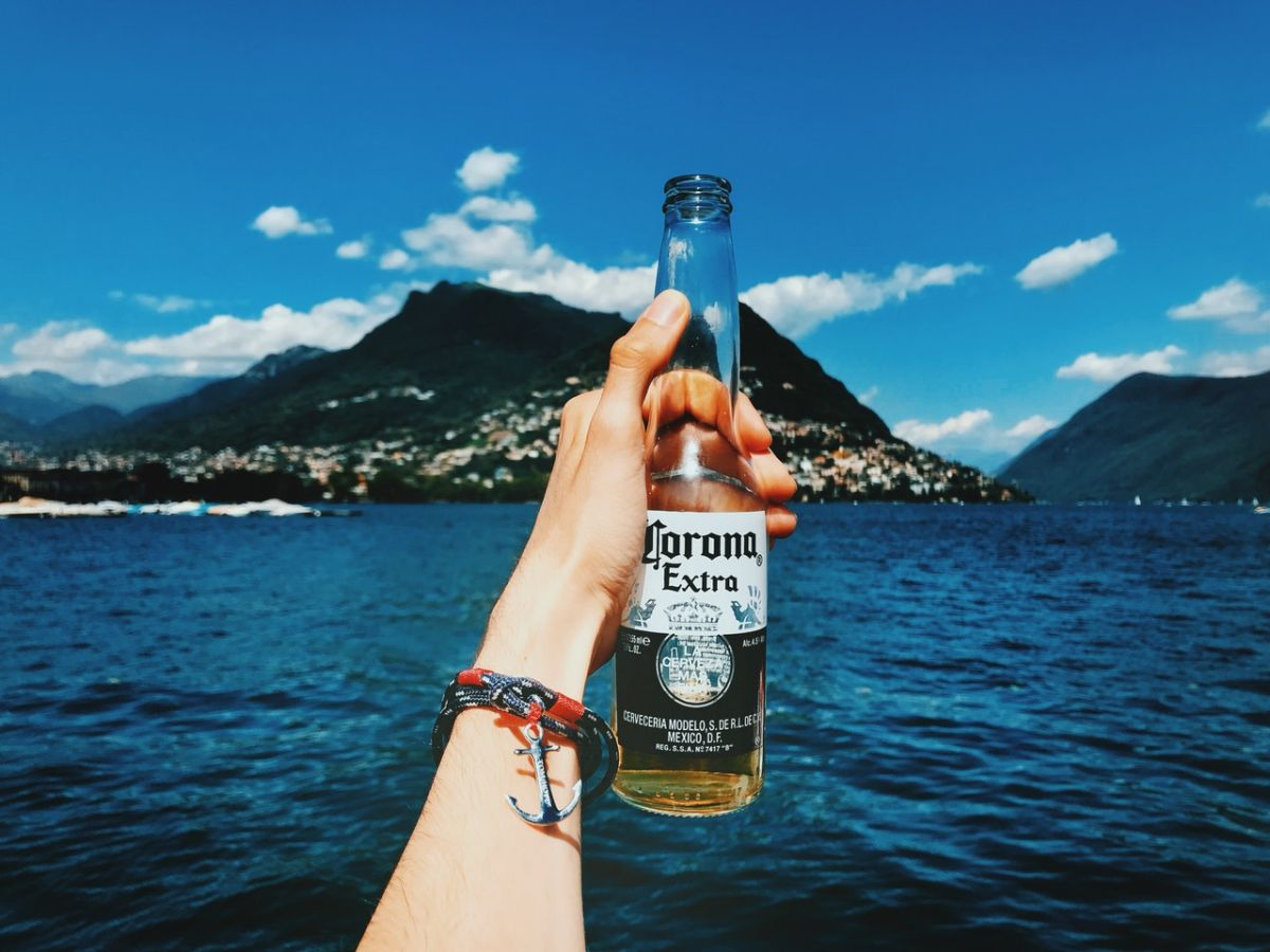 Corona ocupó el primer lugar en el informe anual de Brand Finance sobre las 50 marcas de cerveza más valiosas del mundo.