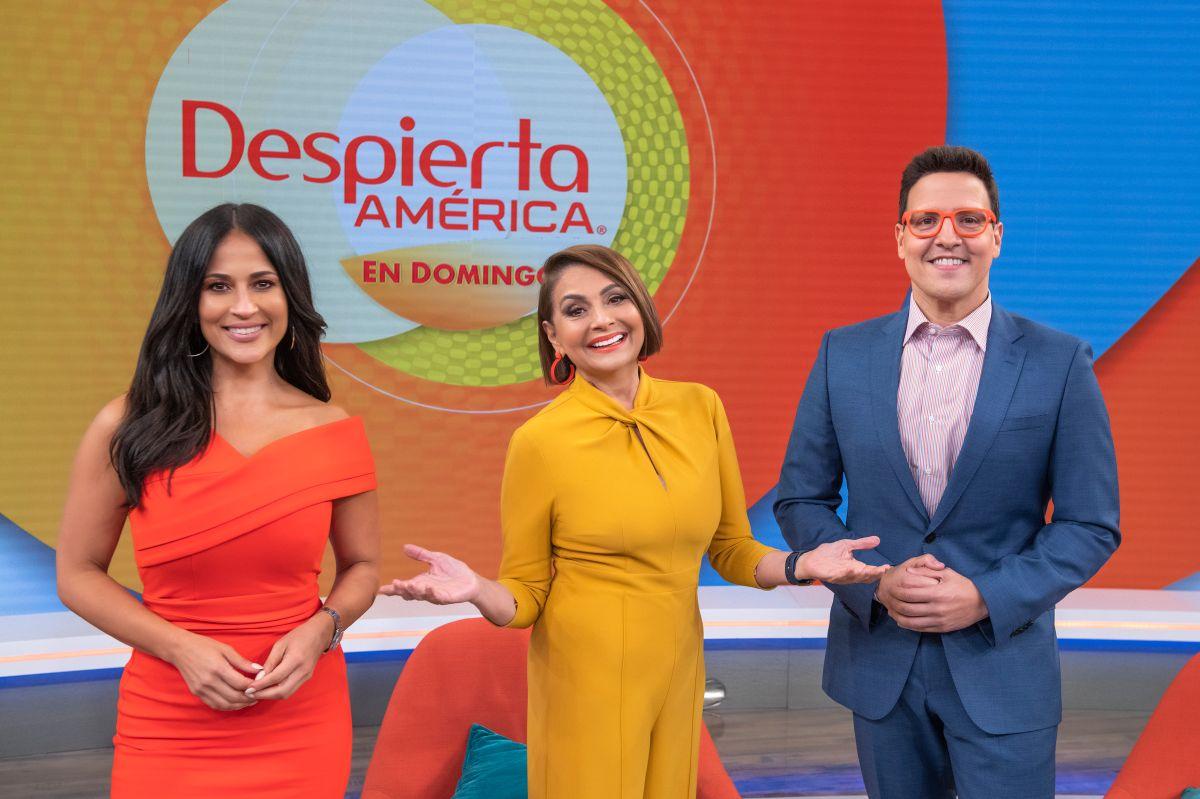 Jackie Guerrido, María Antonieta Collins y Raúl González son los presentadores de 'Despierta América en Domingo'. Foto: Univision