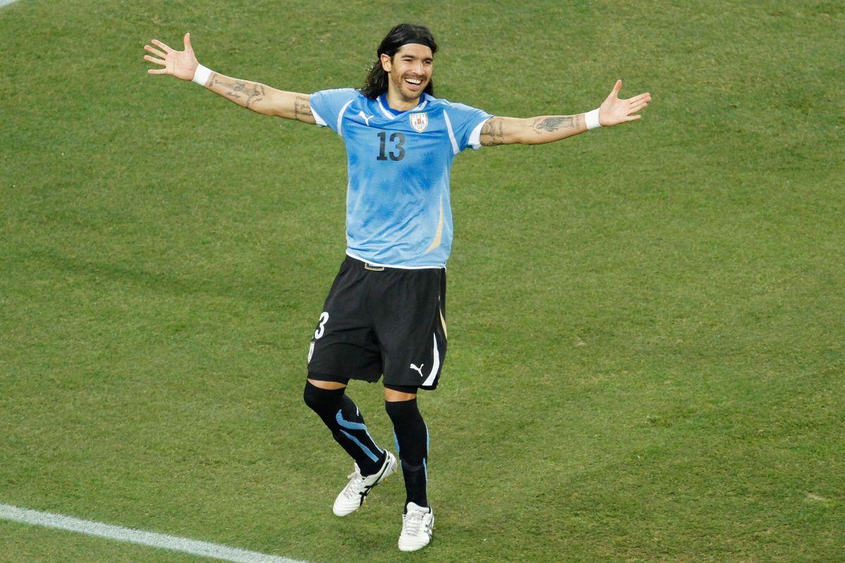 Sebastián jugó en México con América, Cruz Azul, Monterrey y muchos otros equipos.