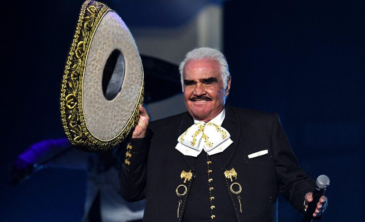 Vicente Fernández expresó su cariño por México.